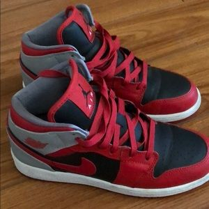 Jordan Shoes - Nike Air Jordan 1's size 5Y